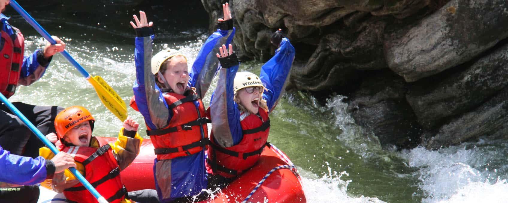 kids-screaming-rafting